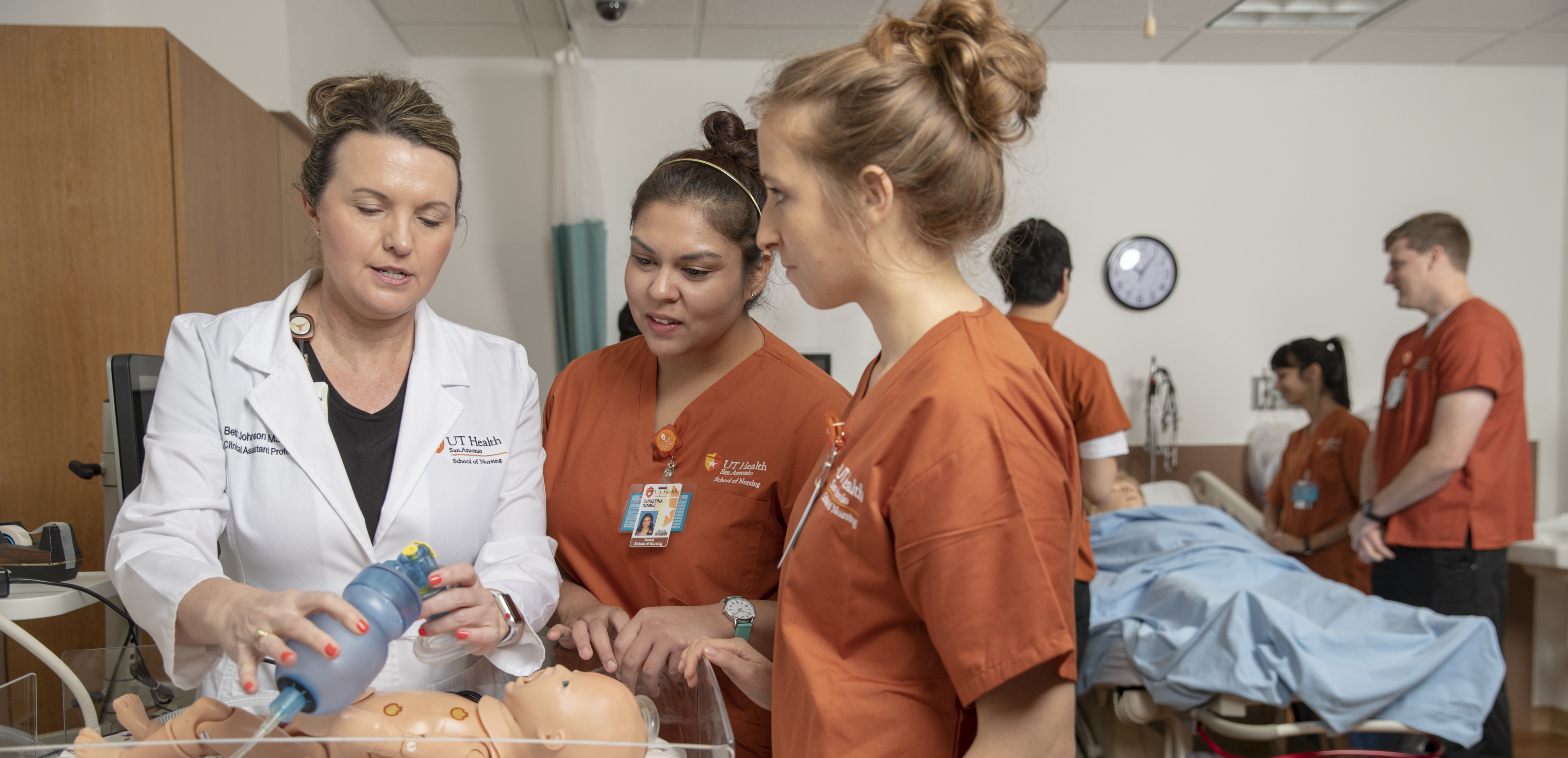 School of Nursing - UT Health San Antonio