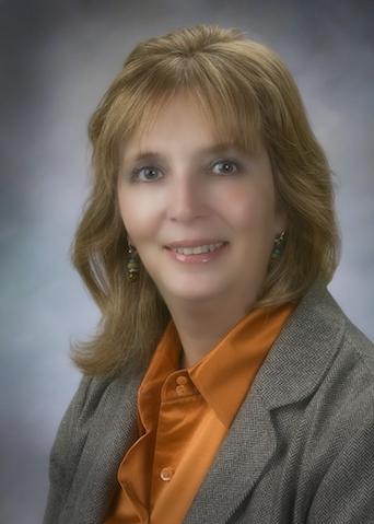 Dr Bertha Flores