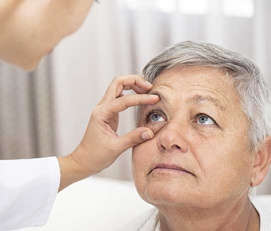 Patient with eye doctor