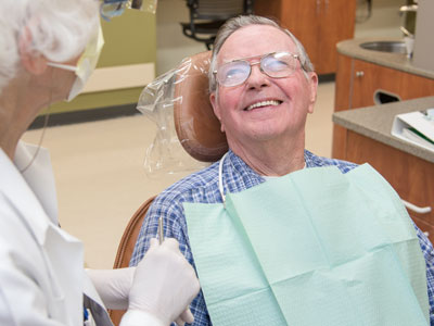 Image result for GERIATRIC PATIENTS with a dentist