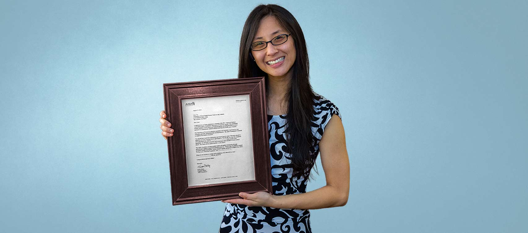Amy Yu with American Medical Association Physician of Tomorrow award