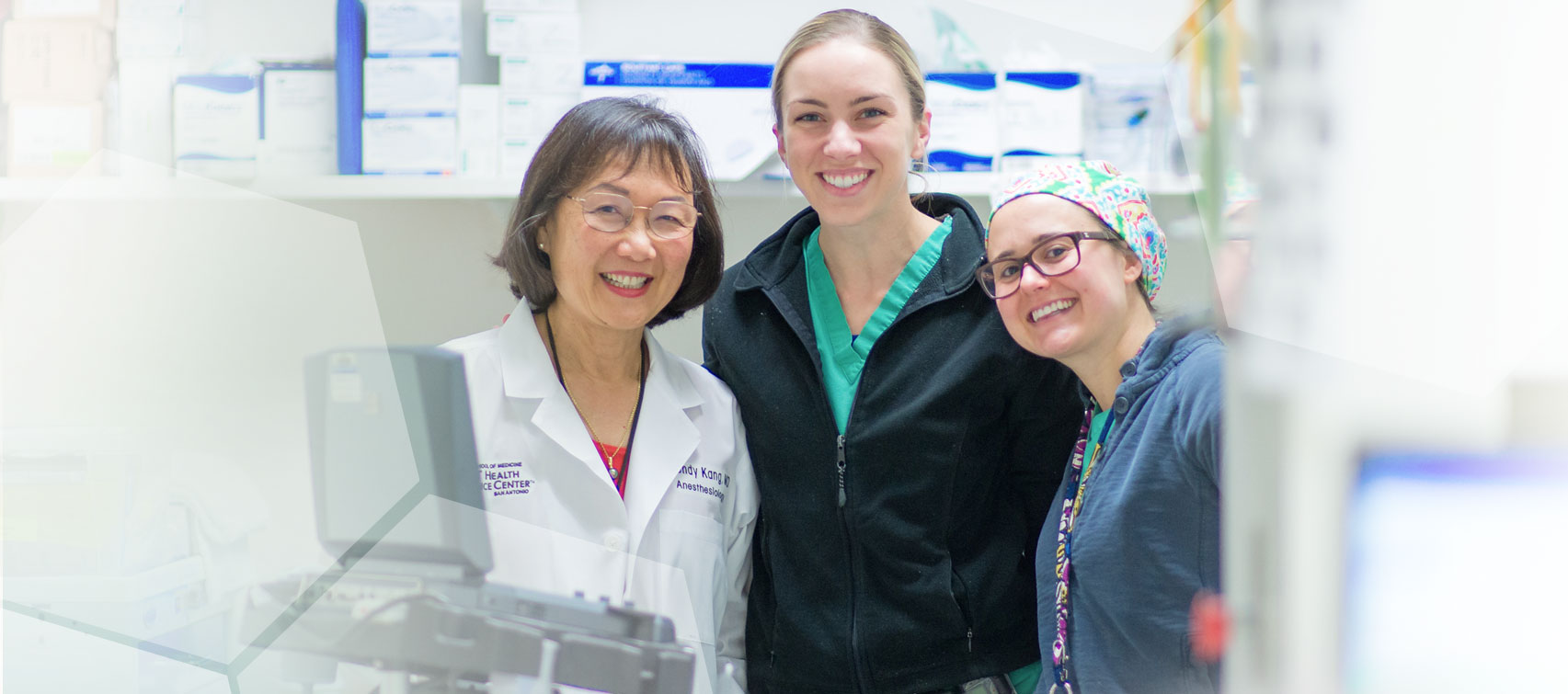 Wendy B. Kang, M.D., J.D., offers her students insight from a medical doctor with a law degree. Her unusual background is helping to prepare the next generation of anesthesiologists.