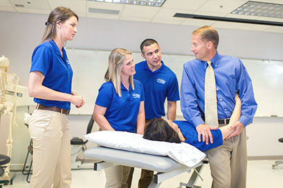 School of Health Professions UT Health Science Center San Antonio students in simulation lab