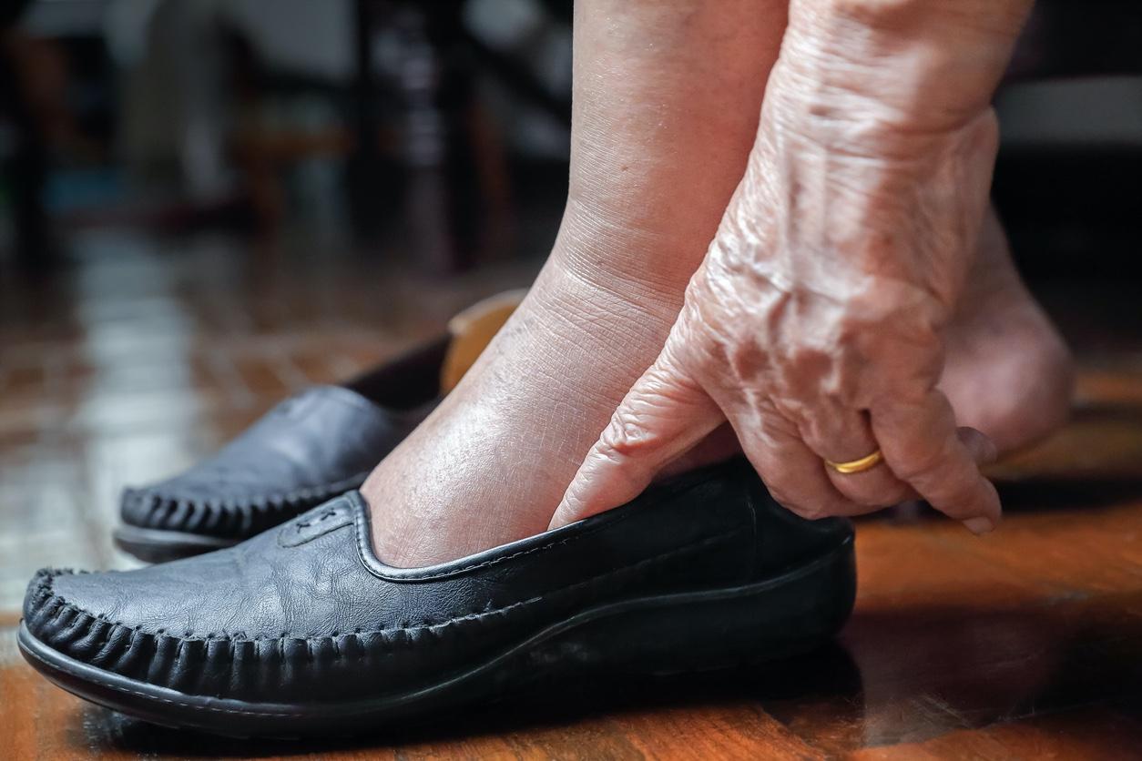 Diabetic shoes