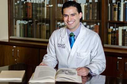 MD/PhD Student Eithan Kotkowski