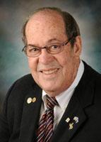 UT Health Science Center endodontist Dr. Glenn Walters