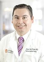 Dr. Enrique Diaz-Duque headshot